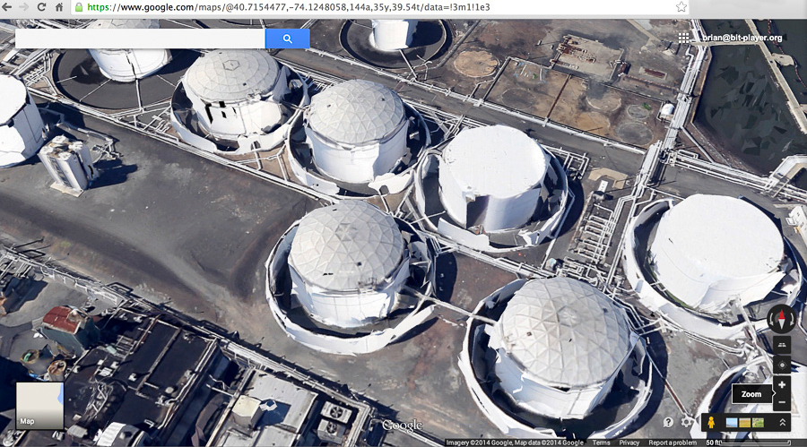topologically defective tanks in Kearny NJ as seen by  Google Maps